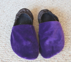 This is what my old slippers looked like 2 years ago, when I first made them