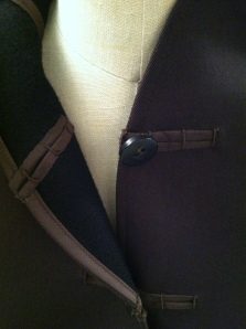 Here's a detail of the front closure on the sample coat, from the McCall Patterns Pinterest page