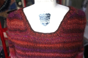 neckline detail